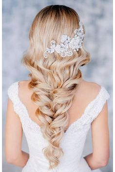 wedding hair dos wedding hair updos wedding hair hair and makeup hair pin swept wedding hair hair styles for the bride hair ideas Wedding Hair And Makeup, Hair Makeup, Hair Wedding, Wedding Blog, Wedding Ideas, Dream Wedding, Wedding Dresses, Wedding Beauty, Wedding Styles