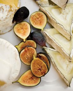 Fresh figs and cheese