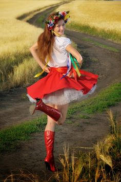 Ukraine by Svetlana Senchurova on Etsy Eslava, Ukrainian Dress, Ukraine Women, Cute Girl Face, Folk Fashion, Folk Costume, Ladies Day, Dance Costumes, Traditional Dresses