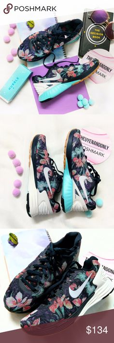 💠NEW IN BOX💠 RARE Nike Lunarlon Print 💠NEW WITH NIKE BOX  💠WOMEN'S SHOES  💠100% Authentic  💠NO TRADE 💠Accept Reasonable Offer ONLY 💠SHOES ONLY. Other accessories in the cover pic are not included. Price firm during sale 💠RUDE, ADVERTISE, MEAN, PRICE COMPLAINT COMMENTS will be reported. 💠Please note: Colors might appear a bit darker OR lighter due to differences in phone/computer monitor. Nike Shoes Sneakers