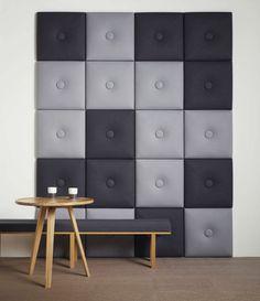 panneau acoustique décoratif Pilow en carrés capitonnés gris et noirs