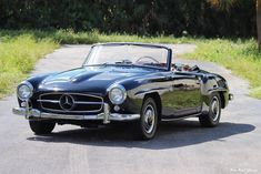 Classic Motors For Sale has classic cars for sale plus a selection of vintage cars from dealers and auctions in UK, US, and Europe. Bmw Classic Cars, Classic Mercedes, Maserati Merak, Classic Motors, Mercedes Benz, Cars For Sale, Vintage Cars, Automobile, Rust Free