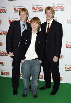 Harry Potter Cast, Harry Potter World, Harry Potter Characters, Fictional Characters, Familia Weasley, Phelps Twins, Oliver Phelps, Weasley Twins, Fantastic Beasts