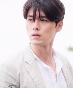 Hyun Bin in the series Memories of the Alhambra Hyun Bin, Kim Bum, Asian Actors, Korean Actors, Secret Garden Korean, Korean Drama Movies, Korean Dramas, Park Shin Hye, Korean Star