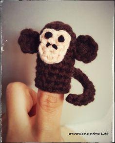 Ab heute gibt es für Euch immer mal wieder eine Anleitung für ein kleines Fingerpüppchen. Damit Ihr nichts mehr verpasst, freue ich mich, wenn Ihr meinen RSS-Feed abboniert oder Euch für eine Benac...