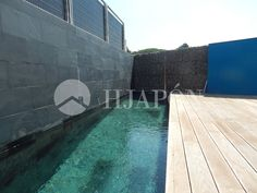 Luxury triplex of 300m² in Tiana, located on the coast of Barcelona