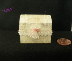 12th Scale Dolls House Miniature SHABBY FRENCH COTTAGE LADIES EMPTY DOME TRUNK