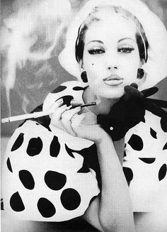 Simone D'Alliencourt... she's beautiful!! She is and so are the dots!