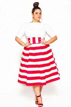 Plus Size Skirt - Jibri Not the hair, but I love the outfit! Dress Plus Size, Plus Size Skirts, Plus Size Outfits, Plus Size Fashion For Women, Plus Size Women, Plus Fashion, Womens Fashion, Curvy Girl Fashion, Modest Fashion
