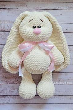 Mesmerizing Crochet an Amigurumi Rabbit Ideas. Lovely Crochet an Amigurumi Rabbit Ideas. Crochet Bunny Pattern, Crochet Rabbit, Crochet Amigurumi Free Patterns, Crochet Animal Patterns, Crochet Animals, Crochet Dolls, Free Crochet, Sewing Patterns, Dog Pattern