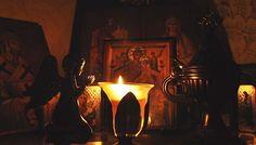Cea mai mare iubire o arată cineva când se roagă pentru aproapele său cu toată inima - Părintele Efrem Filotheitul | La Taifas Faith, Painting, Painting Art, Paintings, Loyalty, Painted Canvas, Drawings, Believe, Religion