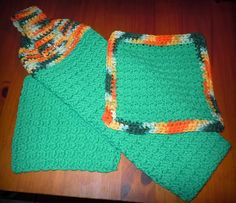 Towel and Dishcloth Set for Mom Crochet Dish Towels, Crochet Kitchen Towels, Crochet Dishcloths, Crochet With Cotton Yarn, Love Crochet, Knit Crochet, Kitchen Hot Pads, Crochet Projects, Crochet Ideas