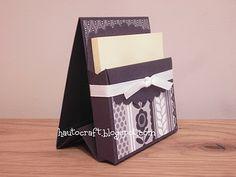 Geschenk-Idee / -Verpackung: Post-It-Holer mit Scalloped Envelope die / SU deutsche Anleitung hier: http://stampinwithbeemybear.blogspot.de/2012/06/tutorial-notizzettel-box-aus-der.html