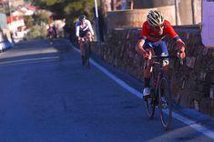 source instagram tdwsport All or nothing on the Poggio Di Sanremo @vincenzonibali #MilanoSanremo #primavera #attack #ifyoudonttryyoucantwin #cycling #classics @bahrain_merida @gettysport @gettyimages tdwsport 2018/03/19 01:00:29