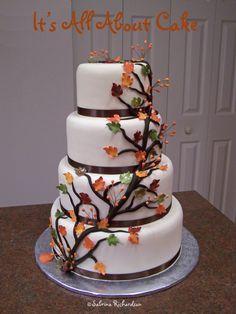 Fall themed wedding cake.