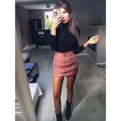 WEBSTA @ maggyes - Piąteczek ! Nie wiem jak Wasz.. ale to jest mój ulubiony dzień  | spódnica @houseofcbde , buty @yoloshoess #vscocam #polishgirl #look #fashion #style #houseofcbde #yoloshoess #instago