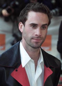 Joseph Fiennes to Play Michael Jackson in New Post-9/11 Road...