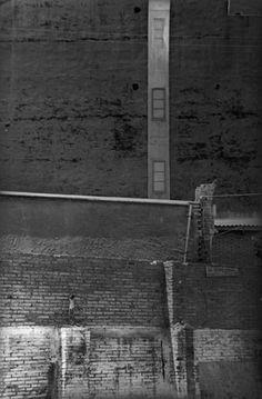 Henri Cartier-Bresson: Barcelona, Spain. 1933 Magnum Photos -