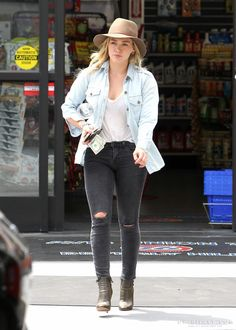 Hilary Duff wearing Current/Elliott The Perfect Shirt in Pier Jimmy Choo Troop Boots in Military J Brand Photo Ready Cropped Mid Rise Skinny Jeans in Mercy