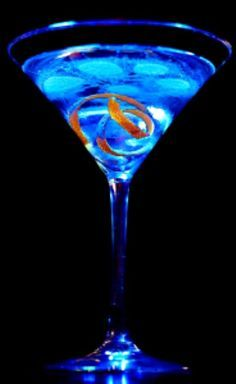 A delicious recipe for Hypnotic Martini ~ with Hpnotiq liqueur, coconut rum and pineapple juice