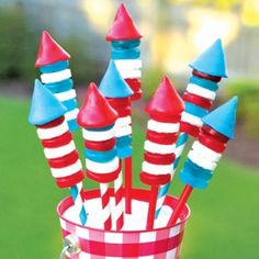4th of July craft: How to make Candy Bottle Rockets