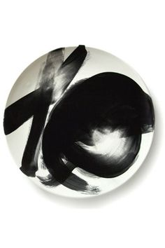 These plates. Can't wait to find things like this for my (non-existant) apartment!