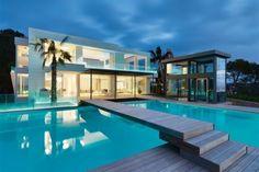 Maison contemporaine : http://www.m-habitat.fr/preparer-son-projet/types-de-maisons/les-maisons-d-architecte-828_A