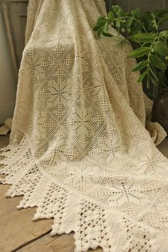 Vintage French OLD Crochet BED Cover Lace Handmade Cotton Textile | eBay
