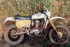 British Motorcycles, Old Motorcycles, Motocross Bikes, Vintage Motocross, Motosport, Old Bikes, Vintage Bikes, Scrambler, Welding
