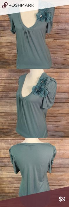 Maurice's Vneck short sleeved top XL Green Vneck top with 3 delicate flowers adorning one side. Short sleeves. XL Maurices Tops