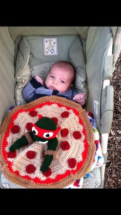 How inventive!! Pizza blanket with TNMT! NO pattern just picture