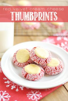 Red Velvet Cream Cheese Thumbprints These Red Velvet Thumbprints are a cookie and cheesecake in one! Perfect for Christmas cookie plates and dangerously delicious. Köstliche Desserts, Holiday Desserts, Holiday Baking, Holiday Treats, Christmas Treats, Holiday Recipes, Dessert Recipes, Thanksgiving Sides, Thanksgiving Desserts