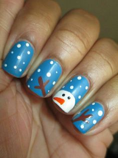It's that time of year for Christmas Nail Art. From Snowmen to Santa these are the top ten Christmas Nail Art Designs perfect for the Christmas holidays. Xmas Nails, Diy Nails, Cute Nails, Pretty Nails, Christmas Manicure, Valentine Nails, Halloween Nails, Christmas Nail Art Designs, Holiday Nail Art