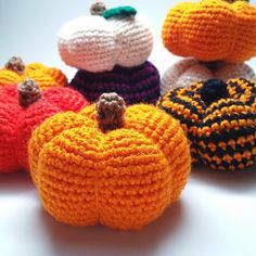 I made this quick and easy pumpkin pattern for fellow fall lovers who want some cute pumpkins to decorate their house for Halloween and Thanksgiving. Best part is they don't die, so you can use them every year! Crochet Food, Crochet Gifts, Diy Crochet, Thanksgiving Crochet, Holiday Crochet, Amigurumi Patterns, Crochet Patterns, Crochet Pumpkin Pattern, Halloween Crochet