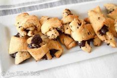 These Chocolate Filled Crescent Cookies are ideal for when you want something a tiny bit sweet after dinner with a good cup of coffee. Chocolate Blondies Recipe, Chocolate Filling, Chocolate Desserts, Chocolate Chips, Fruit Pizza Cookies, Keto Cookies, Cookie Recipes, Snack Recipes, Thm Recipes