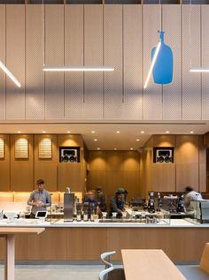 Blue Bottle, World Trade Center Cafe Interior Design, Cafe Design, Store Design, Cafe Restaurant, Restaurant Design, Japanese Bar, Cafe Counter, Blue Bottle Coffee, Cafe Concept