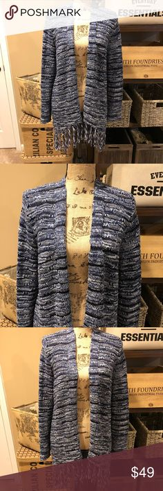 💝CHICO'S💝Gorgeous BOHO cardigan multi-blue color 💝CHICO'S💝Gorgeous BOHO cardigan multi-blue color goes great Jeans.  Truly a beautifully made BOHO cardigan.  Chico's size 1 is equal to a medium Chico's Sweaters Cardigans