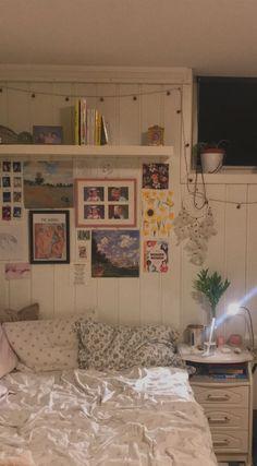 Room Ideas Bedroom, Bedroom Decor, Bedroom Inspo, Deco Originale, Indie Room, Cute Room Decor, Pretty Room, Aesthetic Room Decor, Dream Rooms