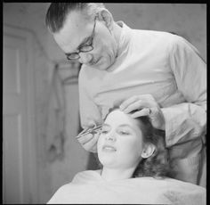 Plucking (hair removal) - Wikipedia, the free encyclopedia Muriel Pavlow, Makeup Artist Chair, The Blitz, Garden Studio, Makeup Rooms, British Actresses, Hair Removal, Eyebrows