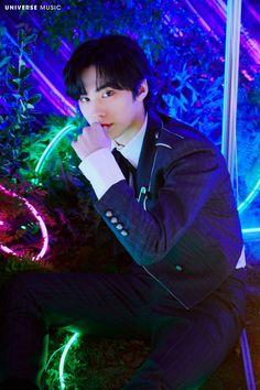Cha Eun Woo, Rocky 3, Astro Wallpaper, Air Force Academy, Lee Dong Min, Pop Photos, Love Me Like, Minhyuk