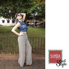Todo es cuestión de mirar la vida con tu mejor cara!! (Y la mejor ropa) Visítanos en #SandiaStore que llego la nueva colección!!