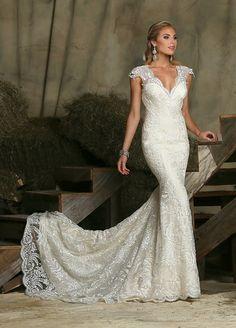 Lace cap sleeves! #davinci #wedding #dress
