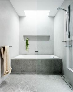 nice Modern Bathroom Design Trends For Your Home Steam Showers Bathroom, Bathroom Bath, Family Bathroom, Bathroom Shower Curtains, Small Bathroom, Bath Tub, Concrete Bath, Built In Bathtub, Bathroom Goals
