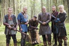 Travis Fimmel, Alexander Ludwig, Jordan Patrick Smith, Marco Ilsø, Alex Høgh Andersen, and David Lindström in Vikings (2013)