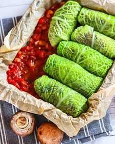 cz - Vařím jednoduše a s láskou Fresh Rolls, Cabbage, Dishes, Vegetables, Ethnic Recipes, Fitness, Plate, Vegetable Recipes, Cabbages