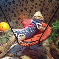 LIZARD SPORT TEAM ATTACHABLE RESTIN BED - Mercari: Anyone can buy & sell