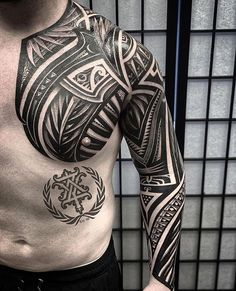 "Book now to get some of that Majestic Big work by ""Zay Exotic"". H Tattoo, City Tattoo, Samoan Tattoo, Arm Band Tattoo, Life Tattoos, New Tattoos, Tribal Tattoos, Polynesian Art, Polynesian Designs"