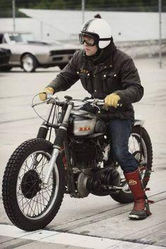 Old School Motorcycles, Triumph Motorcycles, Harley Davidson Motorcycles, Vintage Bikes, Vintage Motorcycles, Custom Motorcycles, Bsa Motorcycle, Motorcycle Types, Steve Mcqueen Triumph