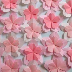 折り紙 春 桜 さくら 入園 入学 ディスプレイ 壁面飾り 寝相ART 5 Min Crafts, Dyi Crafts, Diy Crafts For Kids, Arts And Crafts, Diy Paper, Paper Art, Paper Crafts, Origami Flowers, Paper Flowers