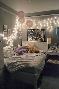 Easy Light Decor | 23 Cute Teen Room Decor Ideas for Girls  https://www.djpeter.co.za
